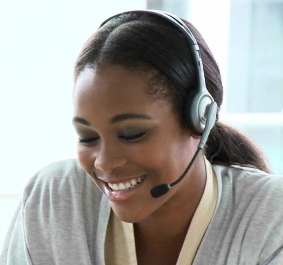 587637045-agente-de-call-center-atencion-al-cliente-contacto-hotline